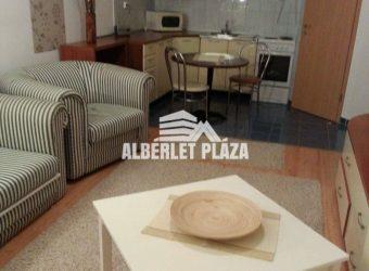 Szolnok-Városmajor úti,2 szobás 1.emeleti lakás kiadó